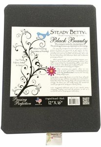 Pers oppervlak Steady Betty - Black Beauty